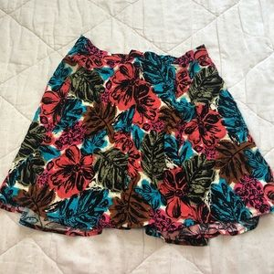 Dresses & Skirts - Dark floral skirt